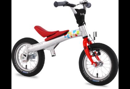 キックバイクから、ペダル付き自転車へ